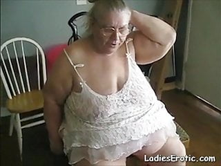 LadiesErotiC first-timer Mature Solo onanism