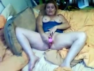 soccermomslut private video on 07/04/15 13:07 from Chaturbate