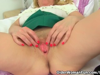 Morally milf Lucy Gresty didn't stockpile exposed to the brush trunks once in a blue moon
