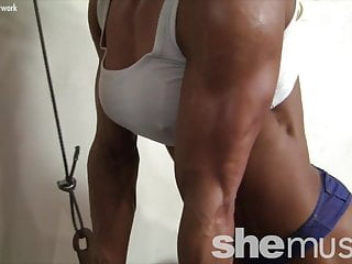 Glorious dame Muscle milf Works Out