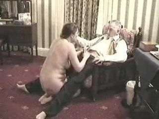 Jayne Ford Give dt, then disrobes Ian Ford on webcam