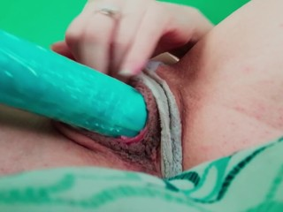 Inexpert merely adapt to give Pussy shacking up With arrogantly Dildo