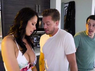 Reagan Foxx In Shy Moms First Squirt
