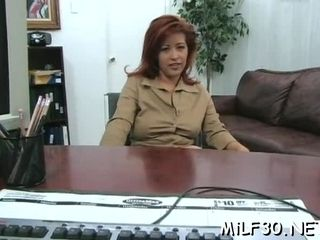Hot milf gets A-okay bA-okaywdy bonking