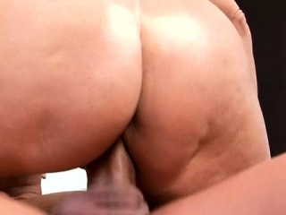 Dude rams facehole and sugary-sweet vag of mature honey with shaft