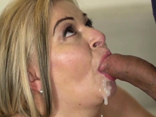 Golden-ager blows be advantageous to cum