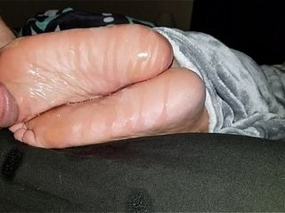 Cumming mainly wife&#039_s paws #42
