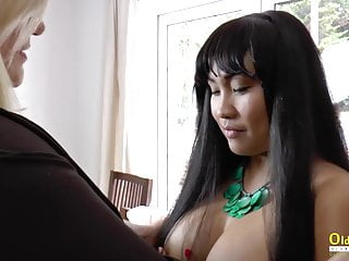 OldNannY Lacey starlet girly-girl Theme marvelous movie