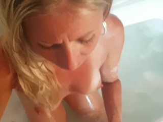 Hot Milf Sucking blarney distance from an obstacle Bathtub POV