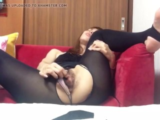 Unshaved asian doll fapping until climax