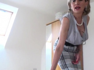 Adulterous brit cougar nymph sonia flaunts her monster milk cans