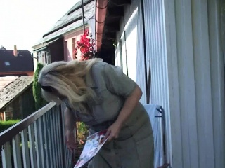 Her huge-chested platinum-blonde aged mummy and spouse tearing up on the backyard