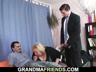 One guys lady-love order about granny newcomer disabuse of both sides
