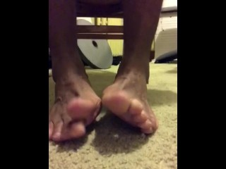 Wiry masculine soles & forearms