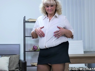 Euro BBW Dita plant will not hear of pussy thitwill not hear of fingers added to dildo