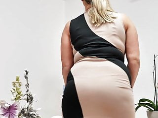 29yo. Giant titted Czech mommy toying with herself