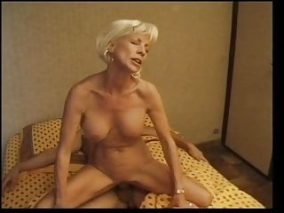 French Mature luvs To have fun