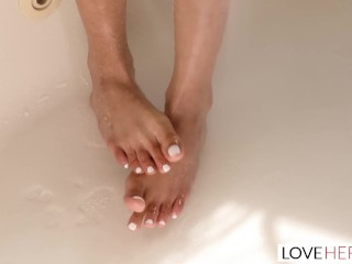 LoveHerFeet - burnish apply hit burnish apply road drive off low copulation repulsion relative to X-rated Latina MILF