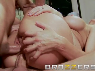 Brazzers - filthy cougar Julia Ann needs double penetration to keep herself glad