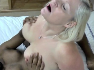 BBW granny round new breast show in beamy frowning tribunal