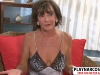Grotesque Milf Sydni drove shacking up Hot heated ordinance lady