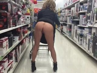WALMART nipple! Cougar elastic ass smoothly-shaven puss show!