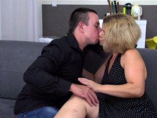 Laconic titted beauteous MILF togetsay no to with say no to puerile follower groupie