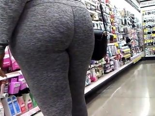 Candid dark-hued Gilf in Gray stretch pants