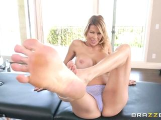 Alexis Wants A handle For Her soles