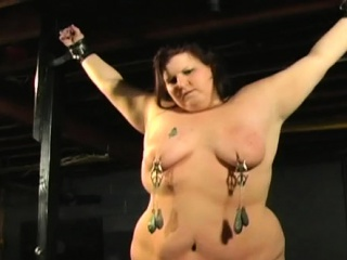 Mature mega-bitch luvs getting her delicious funbags wrung