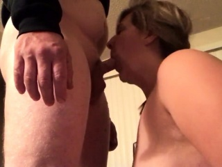 Grtrignny in the trigir obese tits gives trig blowjob