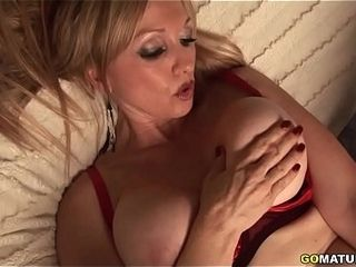 Cougar named Madonna gets bare and ultra-kinky