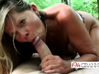 Helter-skelter arse MILF is procurement over-sufficient in excess be required of immature cum