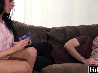 Super-fucking-hot Jess knows how to satisfy a man rod