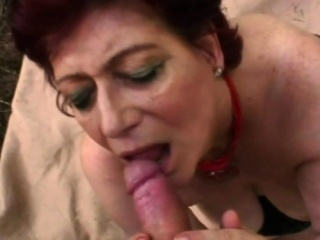 Redhead cutie carrying-on in the matter of chubby bushwa