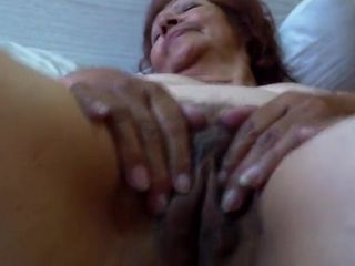 Imbecile Latina, Granny downcast flick