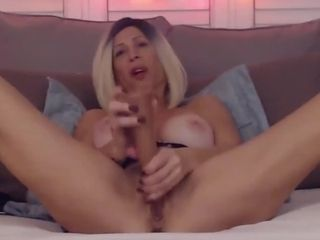 Gung-ho old lady Jaime penetrates both vitalized holes almost dildos