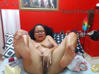 Super-humpy latina cougar Mery with fur covered pussy-Live hump pornography